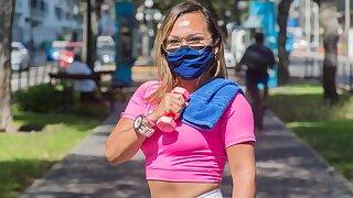 Peruvian gym teacher caught doing hot exercises